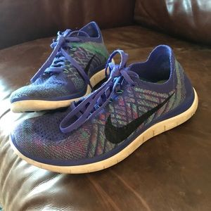 Women's Nike running tennis shoes